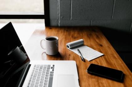 Onlineberatung für Direktbetroffene und Angehörige